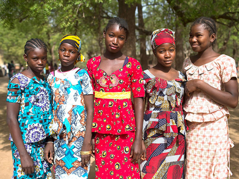 Photo of a group of girls in Mali
