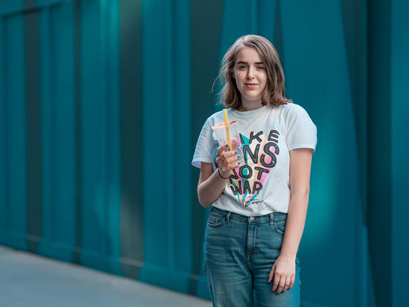 Nora, 15, London
