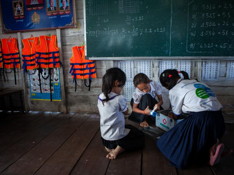 Children preparing for a disaster