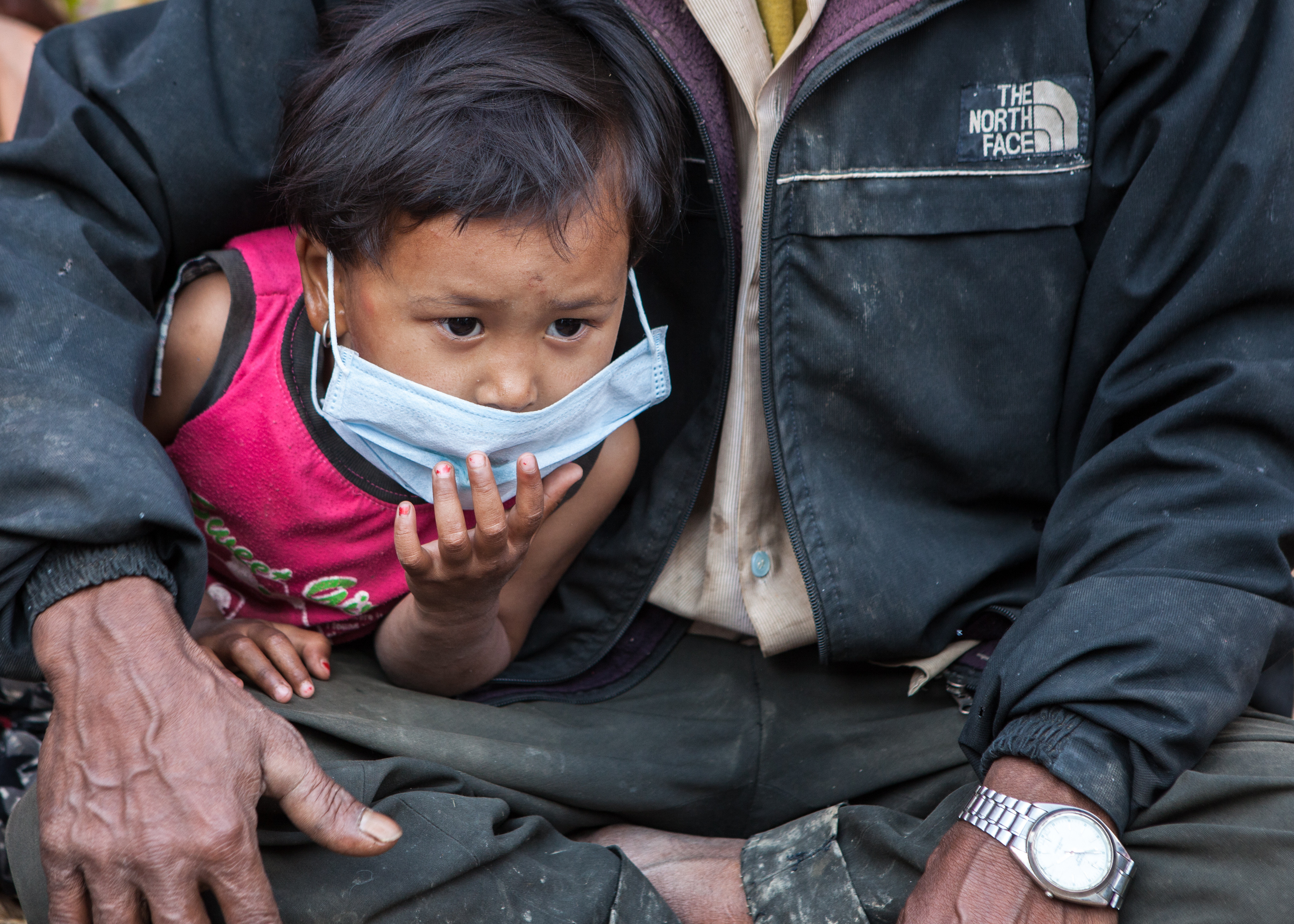 Child after the Nepal earthquake