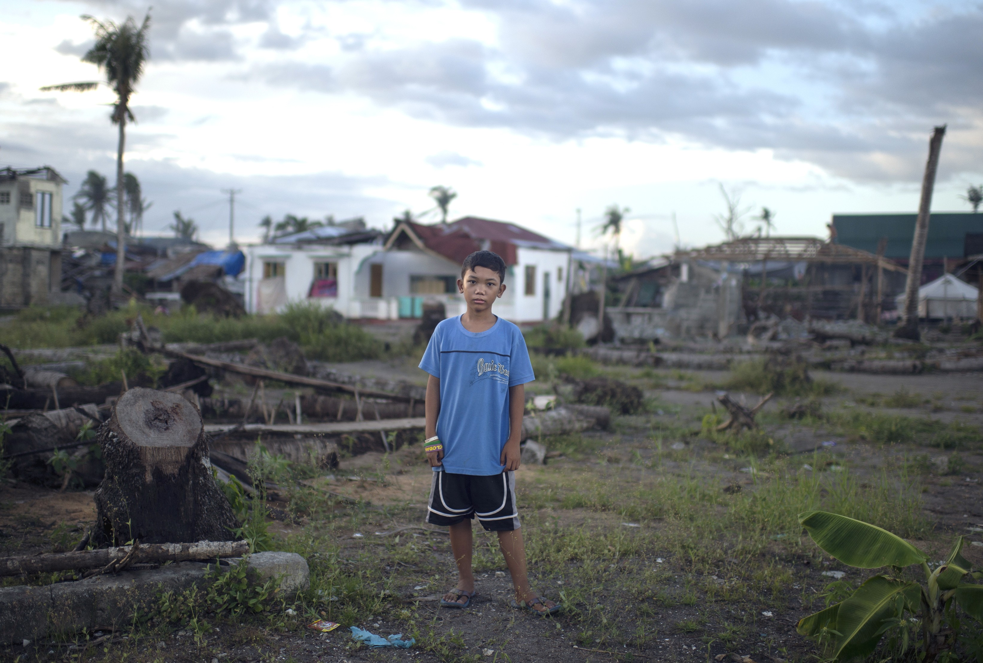 Extreme climate has destroyed a child's home