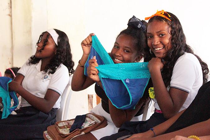 Girls in Cartagena