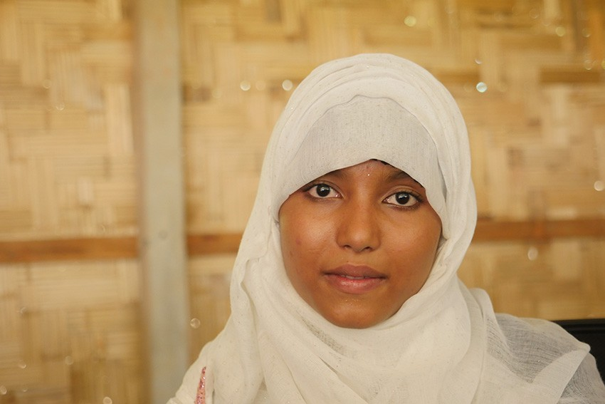 Dil, 19, is a teacher in the camps in Cox's Bazar