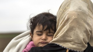 Syrian refugees leave Syria